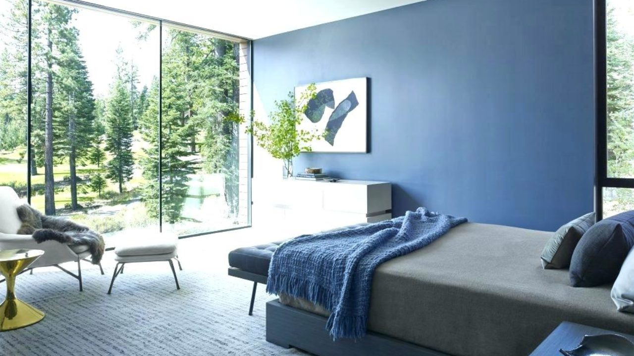 Benefits Of Choosing Blue Green And Silver For Your Bedroom Wall Color