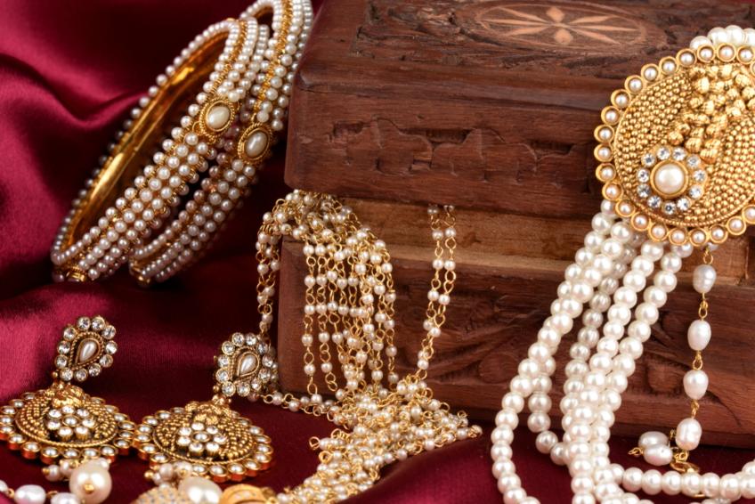 mehrasons jewellers owner deepak and navin